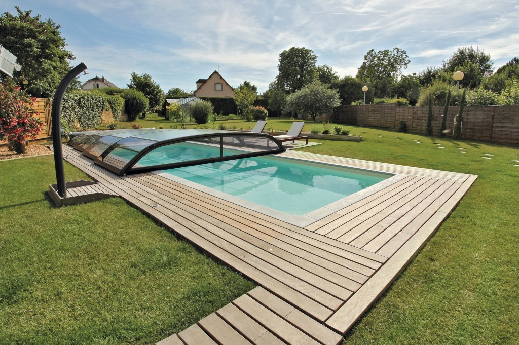 Prix : Pose Abri Piscine Fabrication Maison Saint-Germain-en-Laye (Subventions)