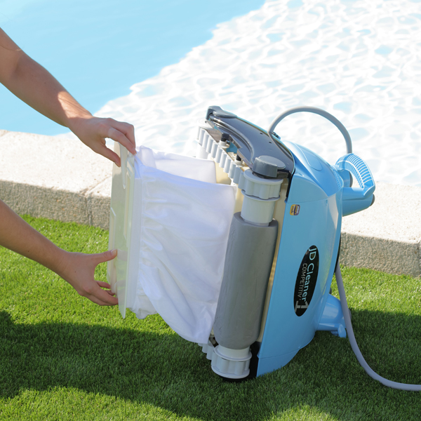 Robot piscine jd cleaner competitiv 1 5 la boutique for Petit robot piscine