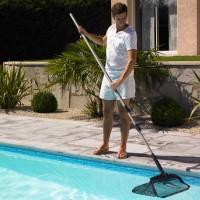 Besoin de conseils pour l'entretien mécanique de votre piscine ?
